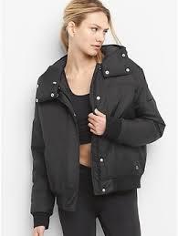 gym clothes sportswear u0026 fitness clothing for women gap uk