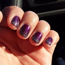 shellac gel nail polish purple coat with glitter ombre effect by