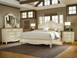 what size is a queen bed what size area rug for a queen bed home design ideas