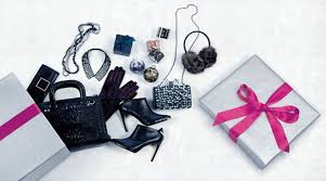holiday gift guide for her yorkdale shopping centre fashion