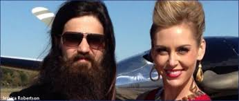 why did jesicarobertson cut her hair duck dynasty stars jep robertson and jessica robertson introduce