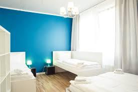 Schlafzimmer Und Bad In Einem Raum Hevals Grand Appartments Berlin