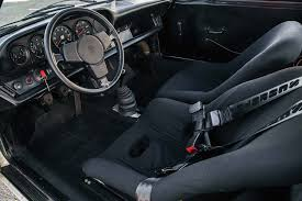 porsche inside view 1973 porsche 911 carrera rs 2 7 vs 1974 porsche 911 carrera rs