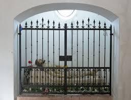 314 best fencing images on file sepolcro laghel arco di giuseppe moroder cappella jpg