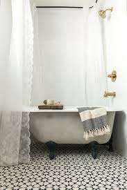 Shower Curtain Ring For Clawfoot Tub Marvellous Clawfoot Tub Shower Curtain Ideas 26 For Target