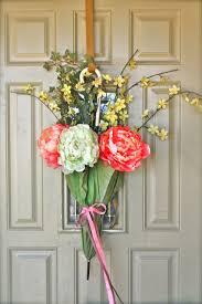 mish mash front door spring decor vintage umbrella floral