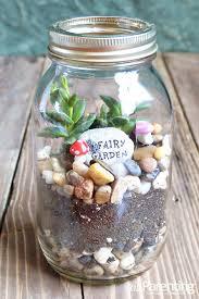 how to make a terrarium in a mason jar