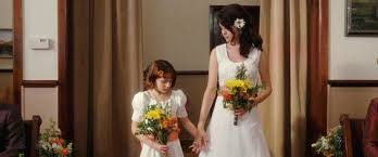 ginnifer goodwin wedding dress in ramona and beezus selena gomez as beatrice beezus quimby in ramona and beezus