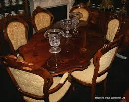 Italian Dining Tables And Chairs Italian Walnut Inlaid Dining Table 6 Chairs