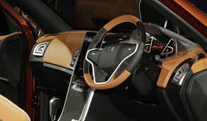 Xuv 500 Interior Mahindra Xuv500 Facelift Coming Soon New Looks More Power