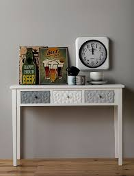 consolas muebles sorteamos un mueble consola de diseño fabricada en madera de abeto y