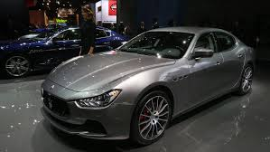 new maserati sedan maserati brings updated ghibli and quattroporte to paris