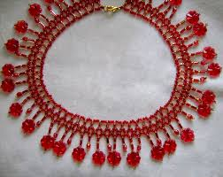 flower bead necklace images Free pattern for pretty beaded necklace red flowers beads magic jpg