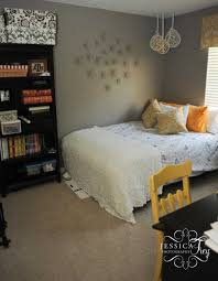 Bedroom With Yellow Accent Wall Home Decoration Blue Accent Wall White Square Cutler Grey And