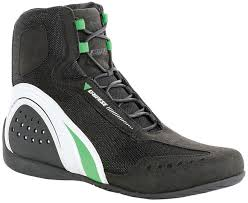 buy motorcycle shoes dainese motorcycle boots chicago buy now can enjoy 35 discount