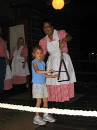 anyone have pictures of hoop dee doo or mickey u0027s backyard bbq