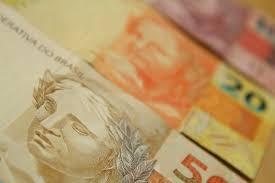 o governo de sp nao vai pagar bonus aos professores em 2016 salário base de professores deveria ser de r 3 6 mil em sp