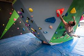 mile end climbing wall indoor rock climbing in london
