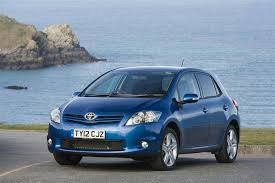 toyota auris used car toyota auris 2010 2013 used car review car review rac drive