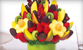 edible attangements 10 for box of chocolate dipped fruit edible arrangements groupon