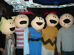 Charlie Brown Halloween Costumes 27 Awesomely Clever Group Halloween Costume Ideas Weknowmemes