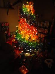 christmas tree pictures rainbow christmas tree treetopia