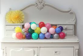 Wall Decoration With Balloons by Balloon Centrepiece Tutorial Diy Pretty Little Party Shop