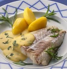 cuisine hollandaise recette lieu poché à la sauce hollandaise recette facile cuisine