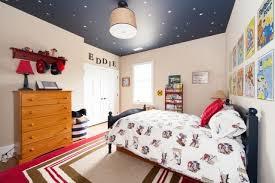design interieur déco plafond chambre enfant ciel etoiles tapis