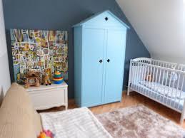 chambre bleu enfant originale garcon complete bas et bleu decoration deco gris bleue