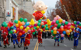 seven great thanksgiving parades taking place in the usa
