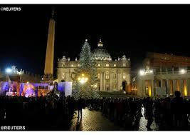 pope francis celebrates midnight mass on christmas eve vatican radio