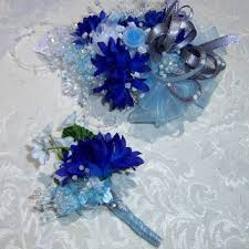 wrist corsages for homecoming shop order corsage on wanelo