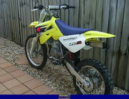 suzuki motocross bike dirtbike rider picture website