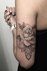 Tattoo Ideas On Shoulder 30 Classy First Tattoo Ideas For Women Over 40 Feminine Tattoos