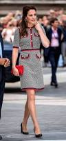 Kate Middleton Dress Style From by Kate Middleton Stuns In U20ac2 200 Jackie O Inspired Gucci Dress At