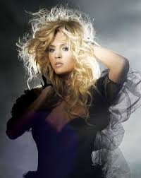 carrie underwood 1 in country u0026 1 in all music hearts she is