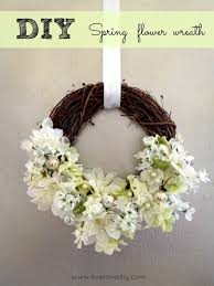 Diy Wreaths 50 Spring And Easter Wreaths With Fresh Designs