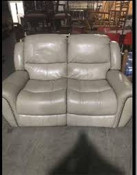 Pre Owned Chesterfield Sofa by Pre Owned Cream 2 Seater Recliner Sofa 100 00 Excellent Quality