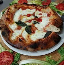 fa軋des de cuisine pizzeria rosticceria ombelico mondo 貼文 雷焦卡拉布里亞