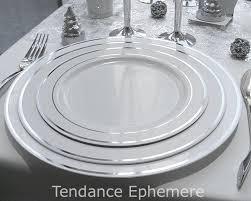 assiette jetable mariage assiette jetable ronde blanche avec liseré paquet de 20 tendance