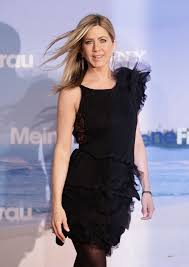 stunning photos of the talented and hilarious jennifer aniston