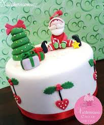 342 best christmas cakes images on pinterest christmas cakes