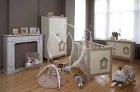 chambre bébé taupe et chambre bebe prune et taupe chaios com