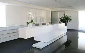Modern Front Desk Schwangerschaft Rij Meg