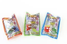 trash pack series 1 macaroni u0026 sneeze 3 pack assorted trashies