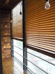 Wood Blinds For Windows - how to use wooden blinds to add warmth to your home