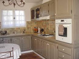 renovation cuisine rustique chene repeindre cuisine en chene massif enchanteur renovation