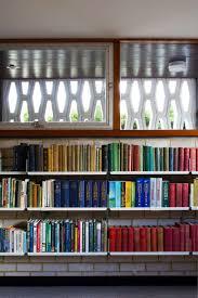 library shelves gallery 606 universal shelving system vitsœ