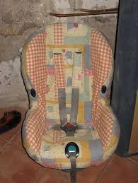 housse siège auto bébé renover une housse de siège auto le petit monde de noisettine